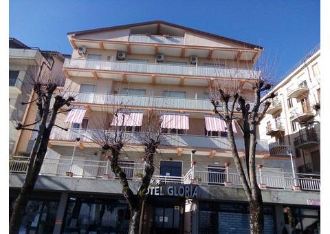Продам действующий отельный бизнес в Италии.